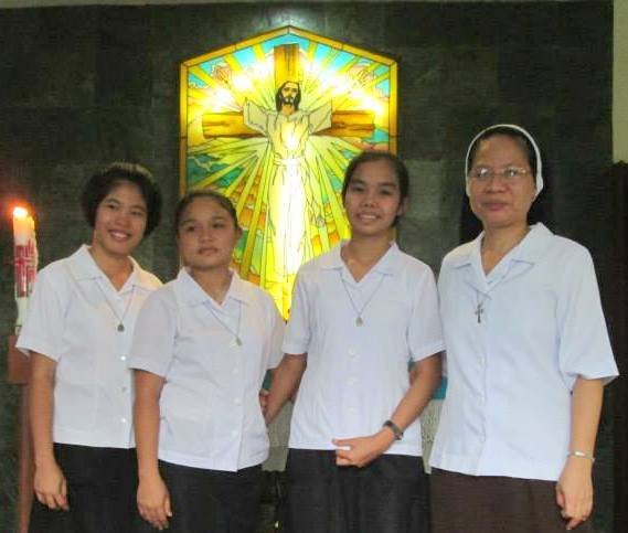 Postulants with Sr. Beth