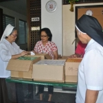 SISTERS OF MOUNT CARMEL - PHILIPPINES CHRISTMAS GIFT GIVING
